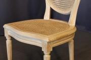Chaise cannée de style Louis XVI